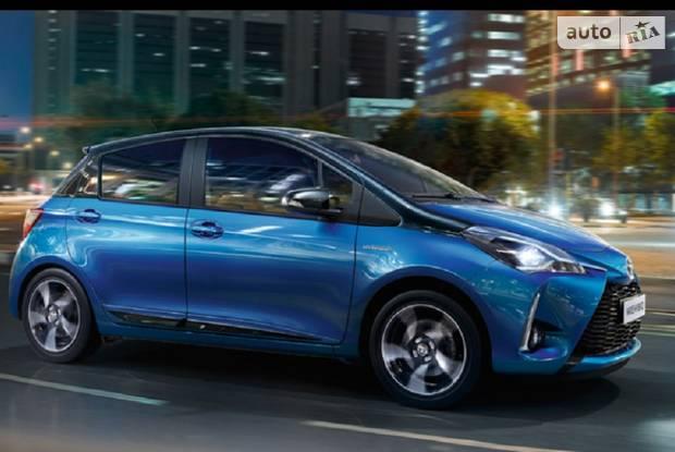 Toyota Yaris Live