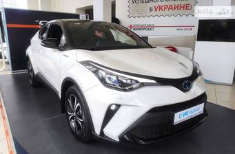 Toyota C-HR 2.0 Hybrid e-CVT (184 л.с.) 2020