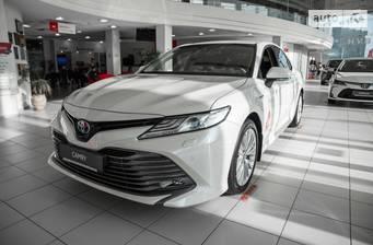 Toyota Camry 2.5 Hybrid E-CVT (218 л.с.) 2020