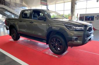 Toyota Hilux 2.8 D-4D AT (204 л.с.) AWD	 2020