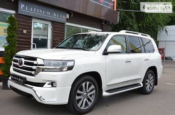 Toyota Land Cruiser 200 4.5D AT (249 л.с.) 2017
