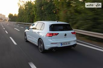 Volkswagen Golf 2021