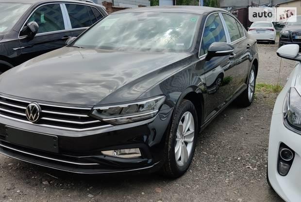 Volkswagen Passat Base