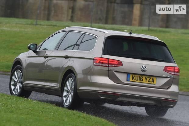 Volkswagen Passat Elegance Life