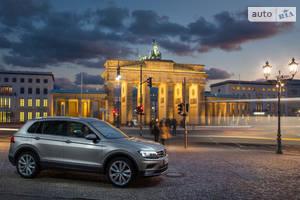 Volkswagen Tiguan New 2.0 TSI АT (180 л.с.) 4Мotion Comfortline 2018