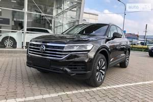 Volkswagen Touareg Base