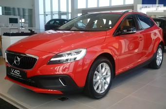Volvo V40 Cross Country D4 2.0 8AT (190 л.с.) VED4 Inscription 2017