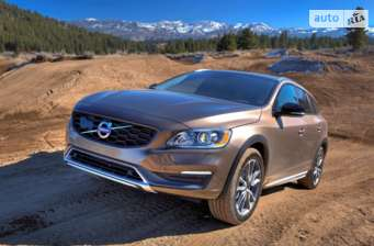 Volvo V60 Cross Country D4 2.4 AT (190 л.с.) AWD Kinetic 2018