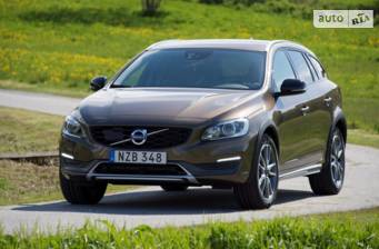 Volvo V60 Cross Country D4 2.4 AT (190 л.с.) AWD 2018