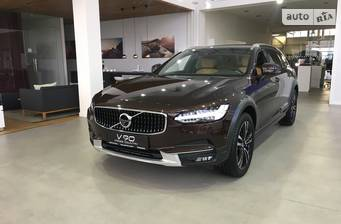 Volvo V90 Cross Country D5 2.0 АТ (235 л.с.) AWD 2017