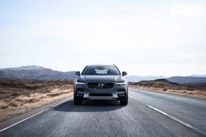 Volvo V90 Cross Country D5 2.0 АТ (235 л.с.) AWD Inscription 2018