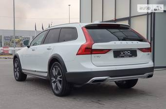 Volvo V90 Cross Country D4 2.0D АТ (190 л.с.) AWD 2020