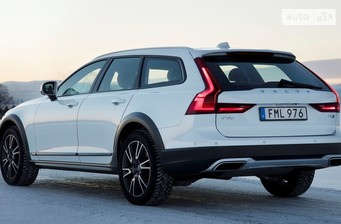 Volvo V90 Cross Country T5 2.0 АТ (254 л.с.) AWD  2017