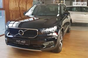 Volvo XC40 D3 2.0 AT (150 л.с.) AWD Momentum Pro 2020
