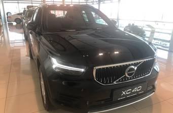 Volvo XC40 2021 Momentum