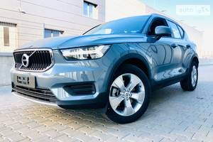 Volvo XC40 T3 1.5 AT (163 л.с.) Entry 2020