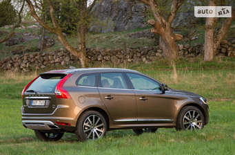 Volvo XC60 D4 2.0 АT (190 л.с.)  Inscription 2017