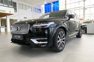 Volvo XC90 B5 2.0D 8AT (235 л.с.) AWD KERS Inscription 2020