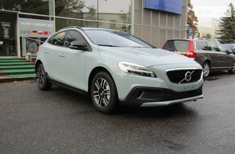 Volvo V40 Cross Country T3 1.5 АТ (152 л.с.) FWD 2018