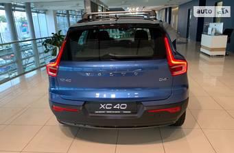 Volvo XC40 2021 R-Design