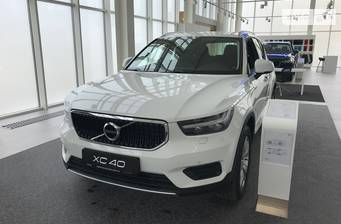 Volvo XC40 T4 2.0 AT (190 л.с.) AWD 2018
