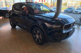 Volvo XC40 T4 2.0 AT (190 л.с.) AWD 2020