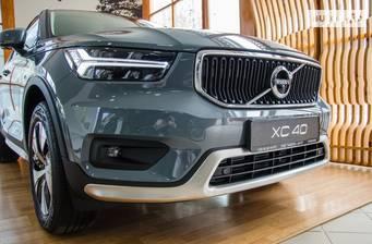 Volvo XC40 2021 Momentum Pro