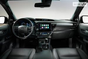 Toyota Hilux 2.8 D-4D AT (204 л.с.) AWD Legend