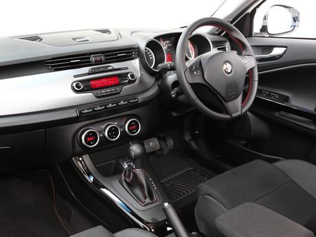 Alfa Romeo Giulietta 1.4T АT (170 л.с.) 2012