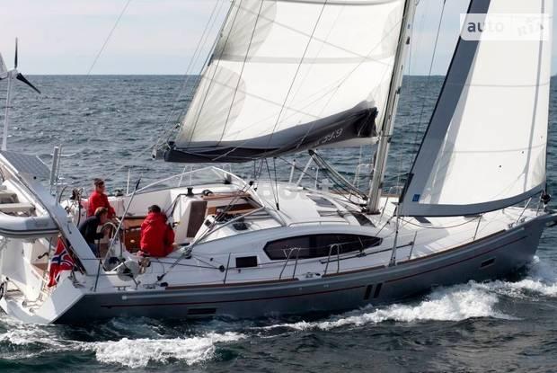 Allures 39.9 1 поколение Яхта