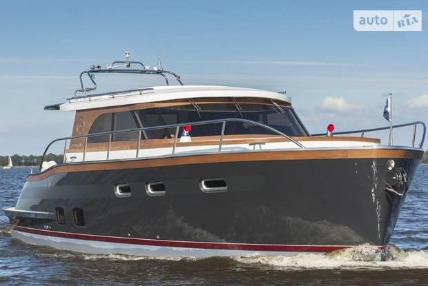 Aquanaut Majestic 1 поколение Яхта