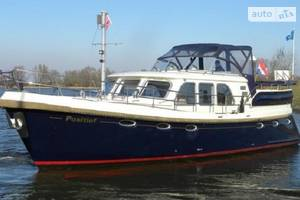 Aquanaut privilege 1 поколение Яхта