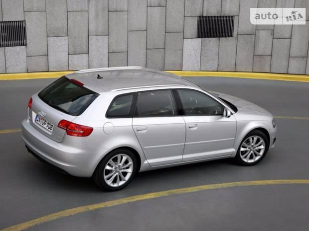 Audi A3 8P (2 рестайлінг) Хетчбек