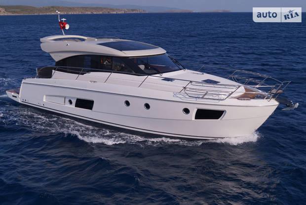 Bavaria Virtess 1 поколение Яхта