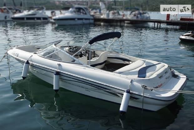Bayliner Capri 2 покоління Катер
