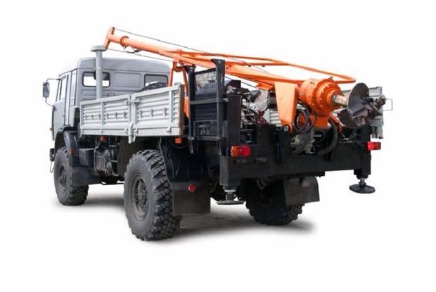 БКМ 516 1 покоління Бурильно-кранова установка