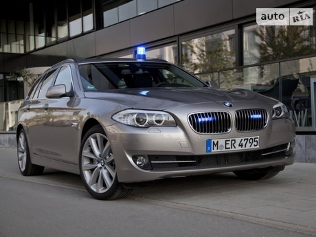 BMW 5 Series 530i (272 л.с.) 2009