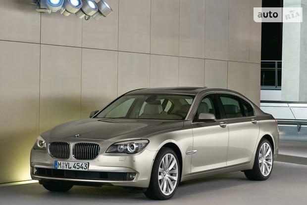 BMW 7 Series F02 Седан