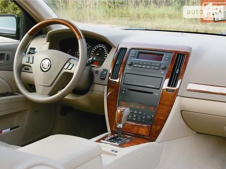 Cadillac STS 2004