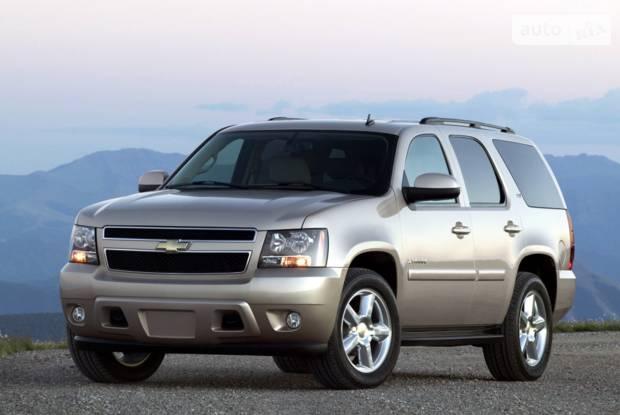 Chevrolet Tahoe 3 покоління Позашляховик