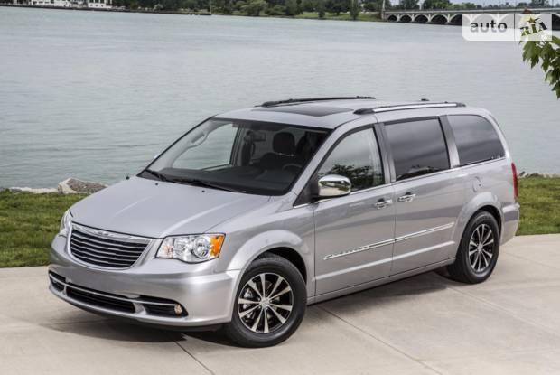 Chrysler Town & Country 5 поколение Мінівен