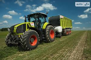 Claas axion 1-е поколение Трактор