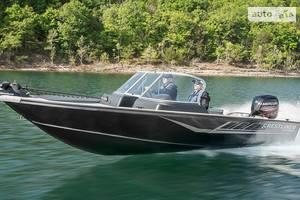 Crestliner 2200-intruder 1-е поколение Лодка
