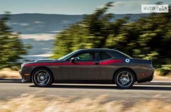 Dodge Challenger 3.6 AT (305 л.с.) SXT Plus 2018