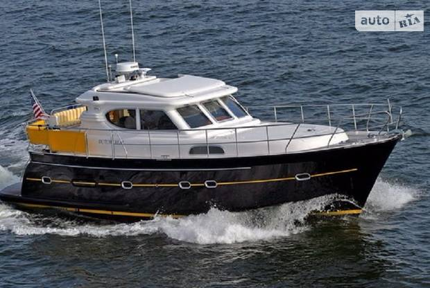 Elling E3 1 покоління Яхта