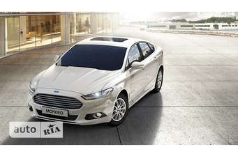 Ford Mondeo 2.0 HEV CVT (187 л.с.) Lux 2017