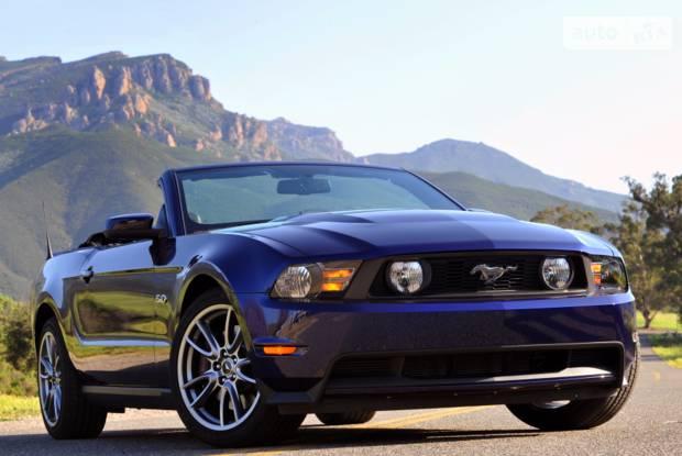Ford Mustang GT 5 покоління (1 рестайлінг) Кабріолет