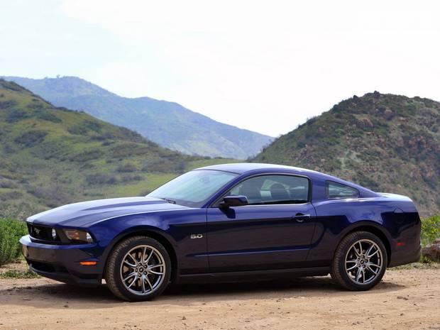 Ford Mustang GT 5 покоління (1 рестайлінг) Купе