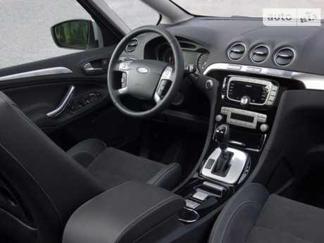 Ford S-Max 2012
