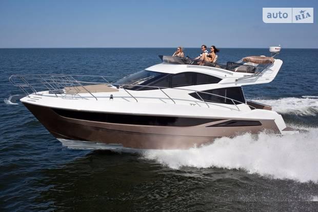 Galeon 380 1 покоління Яхта